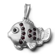 Stříbrný přívěsek ryba s granáty 970.00003