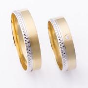 Zlaté snubní prsteny kombinované ryté M308