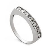 Zlatý prsten z bílého zlata s řadou zirkonů 010.00176
