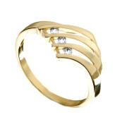 Zlatý prsten se třemi zirkony 010.00125