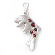 Stříbrný přívěsek delfín s českými granáty 970.00004