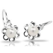 Stříbrné dětské náušnice kytičky s perličkou uprostřed 201.00019