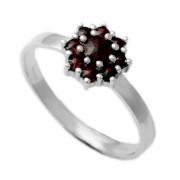 Stříbrný prsten s českými granáty 970.00003