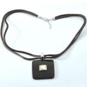 Stříbrný náhrdelník přívěsek na prov.  Swarovski kombinace dřeva a křišťálu 190.00001
