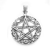 Stříbrný přívěsek pentagram 000.00062