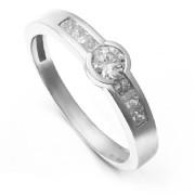 Zlatý zásnubní prsten s bílými kamínky 224020199
