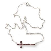 Stříbrný náhrdelník kříž s granáty 970.00004