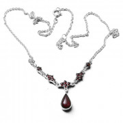 Stříbrný náhrdelník s českými granáty 970.00002