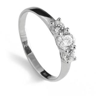 Zlatý zásnubní prsten se třemi zirkony 010.00022