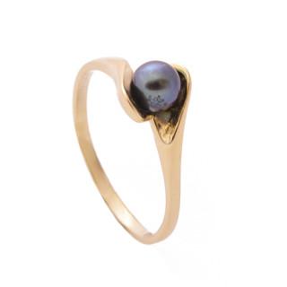 Zlatý prsten s tmavou perlou 200.00102