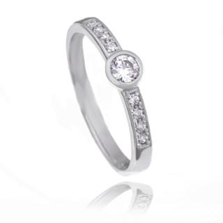 Zlatý zásnubní prsten s bílými kamínky 224020201