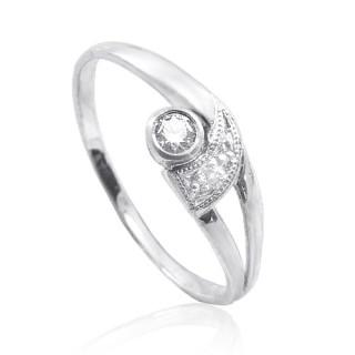 Zlatý prsten se zirkonem s výřezem a rytinou 010.00172