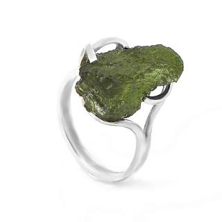 Stříbrný prstens vltavínem 01.860.00014