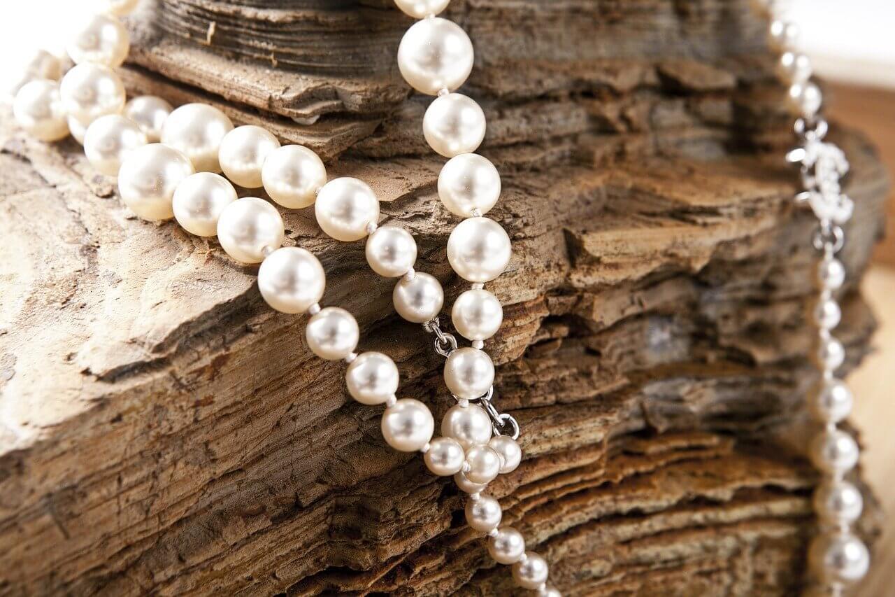 Proč nosit šperky z perel?